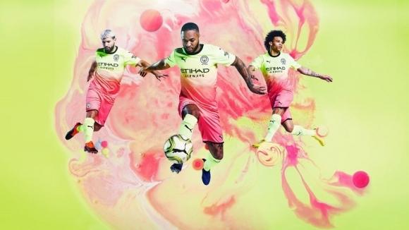 От Манчестър Сити официално представиха третия си екип за новия