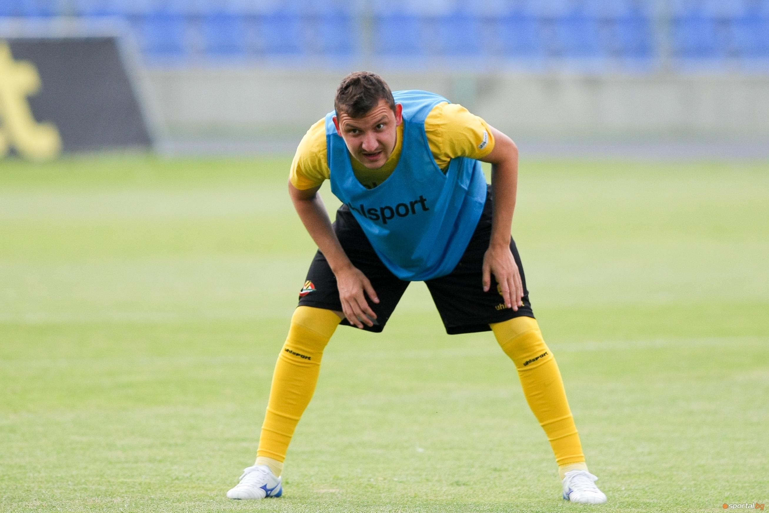 Отборът на Ботев (Пловдив) проведе възстановително занимание след мача с