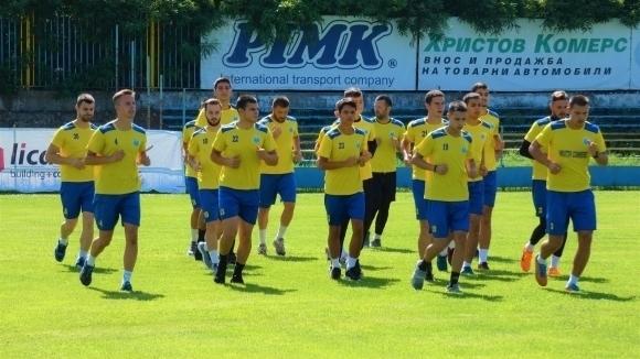 Футболистите на Марица (Пловдив) се подготвят сериозно за началото на