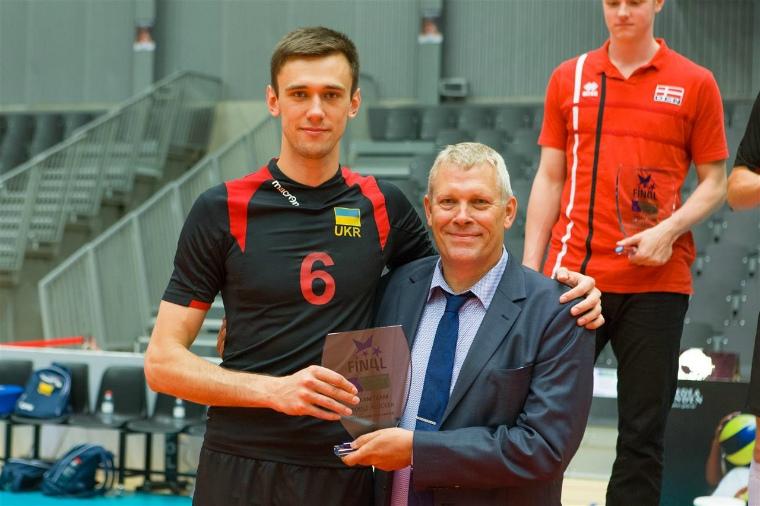 Разпределителят на националния ни отбор Добромир Димитров, който попадна в