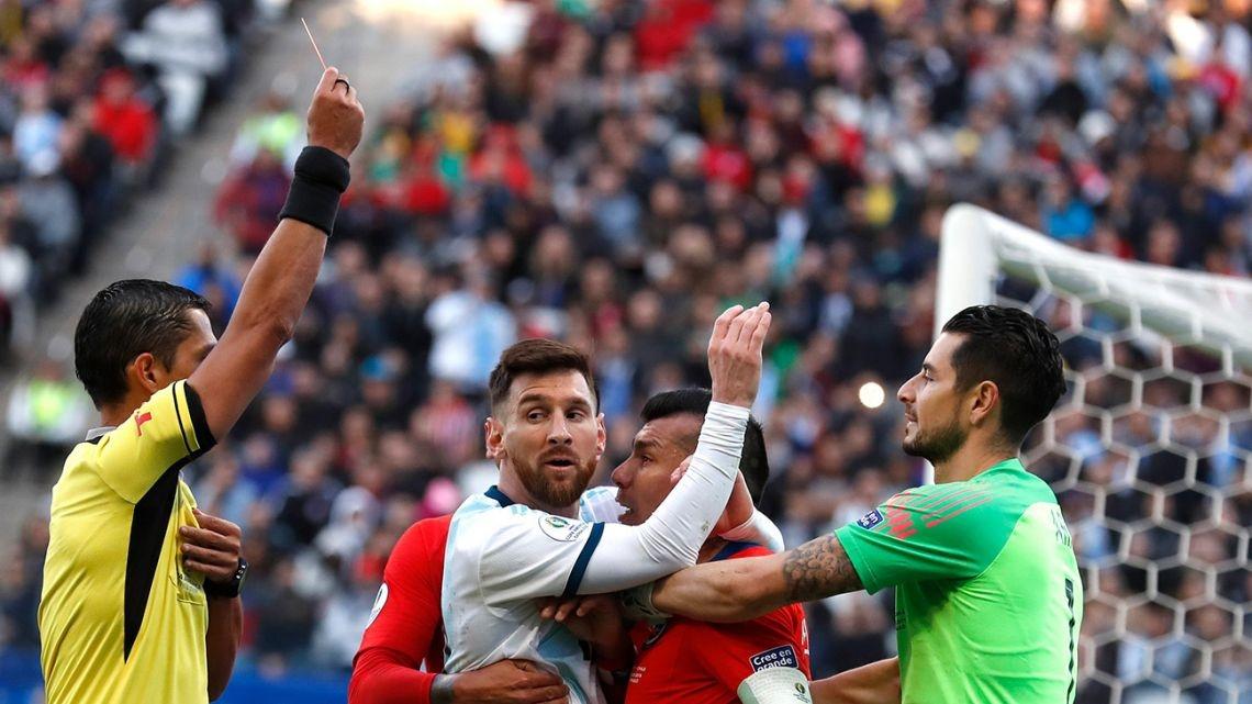 Арбитражният спортен съд на Аржентина призова футболната мегазвезда Лионел Меси
