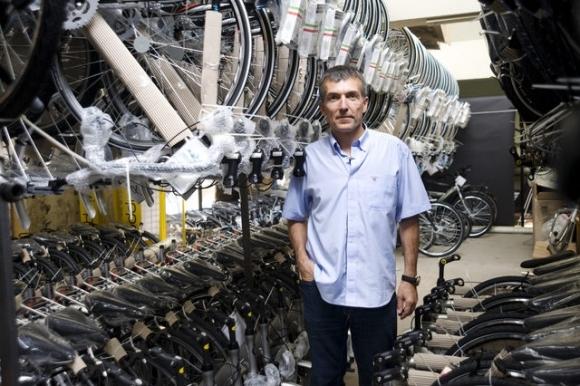 България вече има федерация по колоездене с президент Драгомир Кузов.