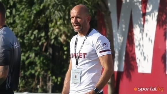Старши треньорът на Септември (София) Милен Радуканов остана доволен след