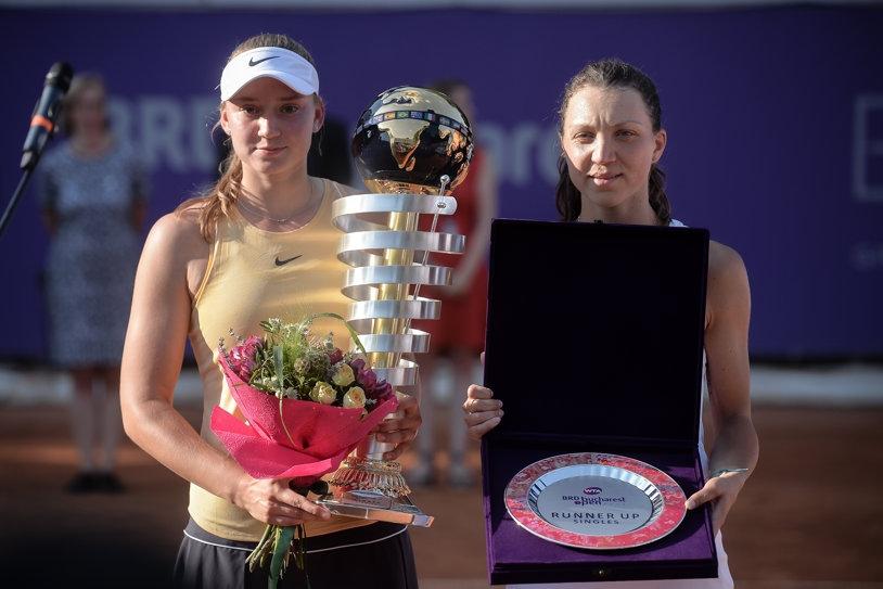 Елена Рибакина спечели титлата от турнира по тенис на клей