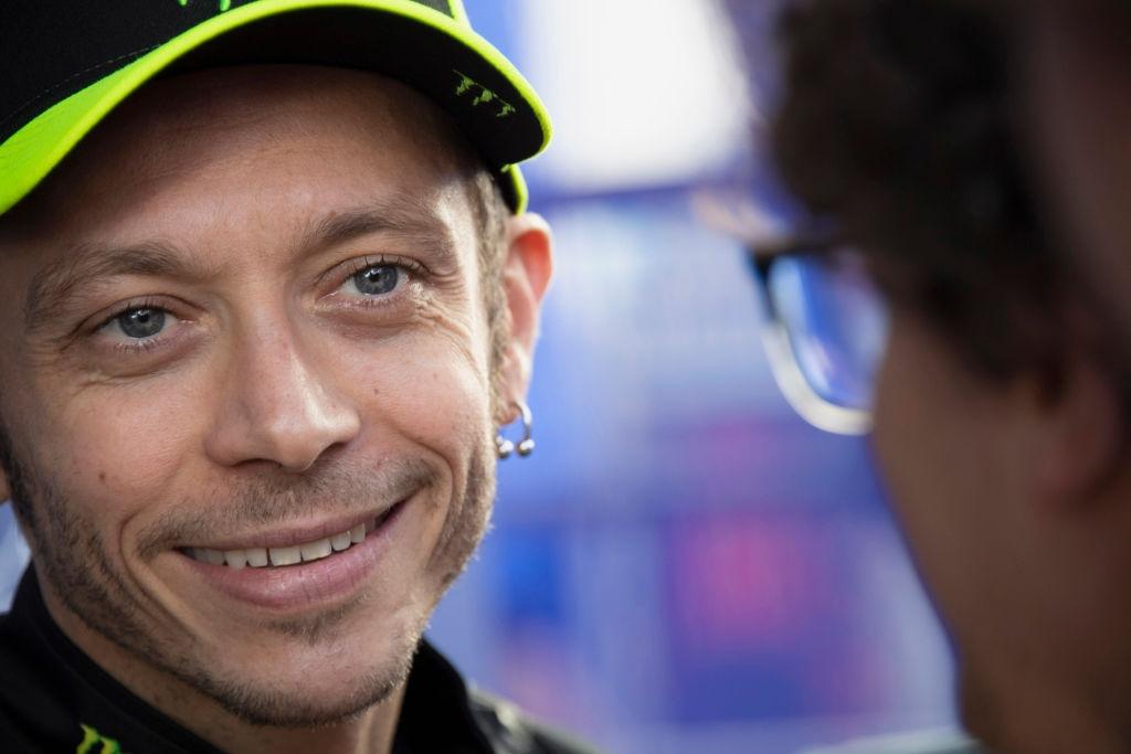 Голямата звезда на MotoGP Валентино Роси ще представи специален свой