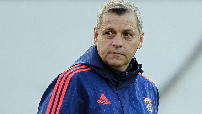 Доскорошният треньор на Олимпик (Лион) Бруно Женезио беше назначен на