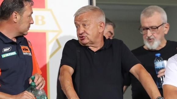 Президентът на Локомотив (Пловдив) Христо Крушарски не бе доволен от