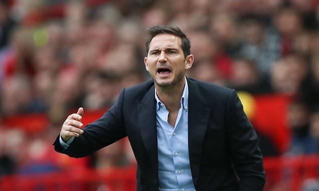 Мениджърът на Челси Франк Лампард защити отбора си въпреки поражението