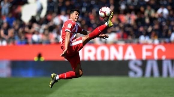Защитникът на Манчестър Сити Педро Поро ще прекара този сезон