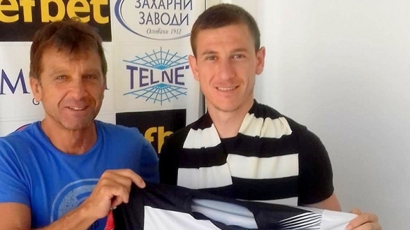 Локомотив Горна Оряховица се раздели по взаимно съгласие с бившия