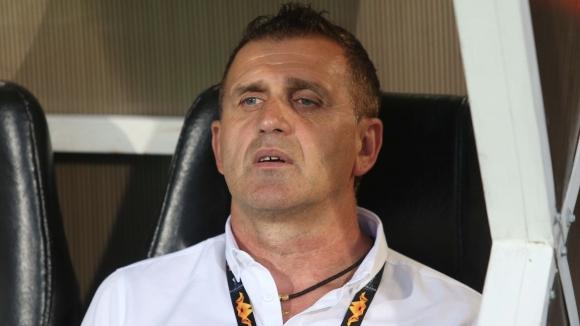 Наставникът на Локомотив (Пловдив) Бруно Акрапович обяви преди заминаването на
