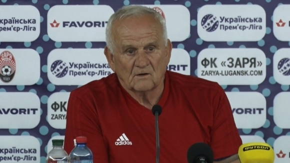 Наставникът на ЦСКА-София Люпко Петрович говори пред медиите преди утрешната