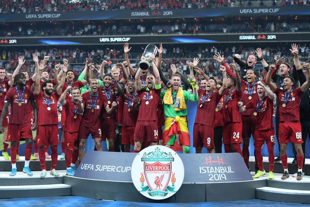 Европейският шампион Ливърпул и носителят на Купата на УЕФА Челси