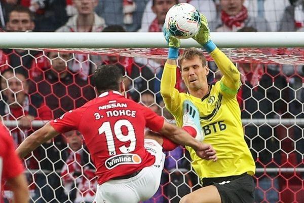 Контролно-дисциплинарният комитет към Руския футболен съюз дисквалифицира за 3 мача