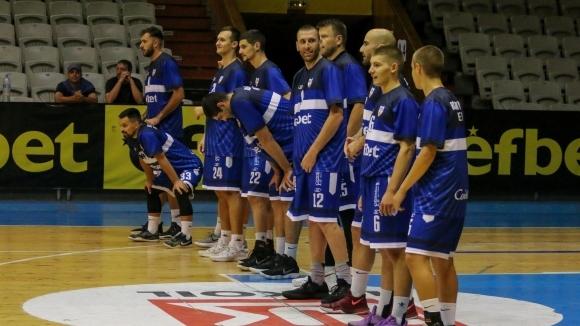Баскетболният Спартак-Плевен ще задържи още един играч от миналогодишния си