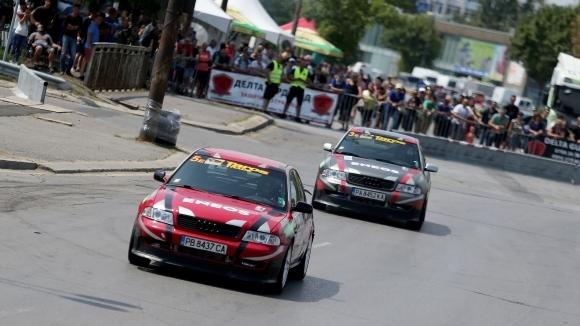 Венцислав Станев спечели трети кръг от автомобилното състезание Eneos Cup,