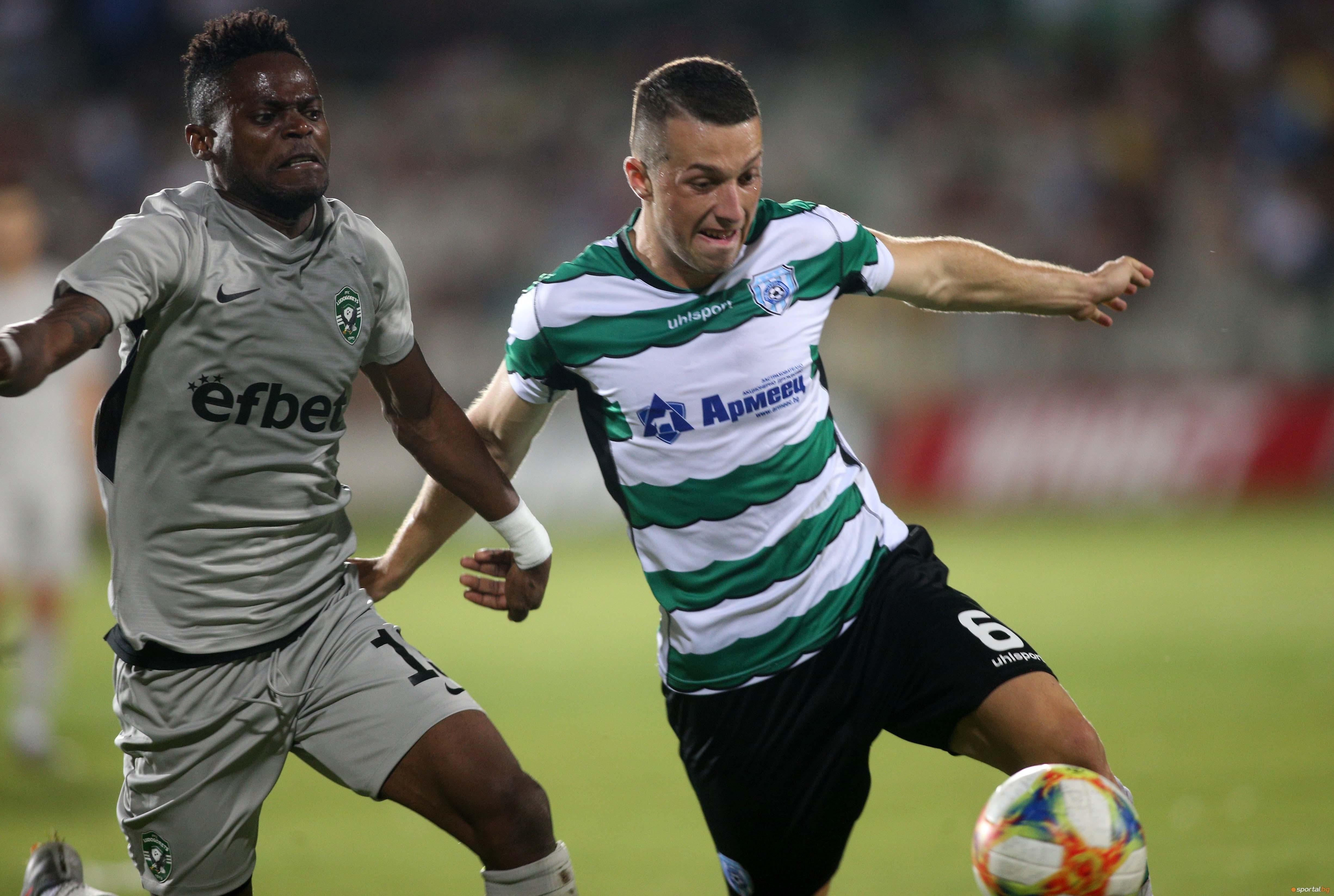 Младият футболист на Черно море Виктор Попов смята, че липсата