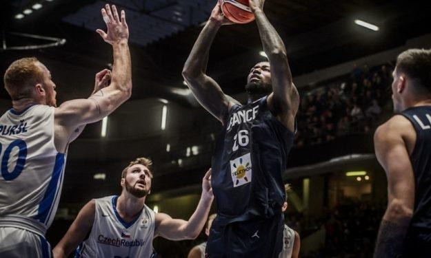 Националният отбор по баскетбол на Франция продължава с отличното си