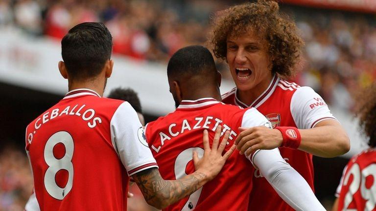 Давид Луис, който през уикенда дебютира с фланелката на Арсенал,