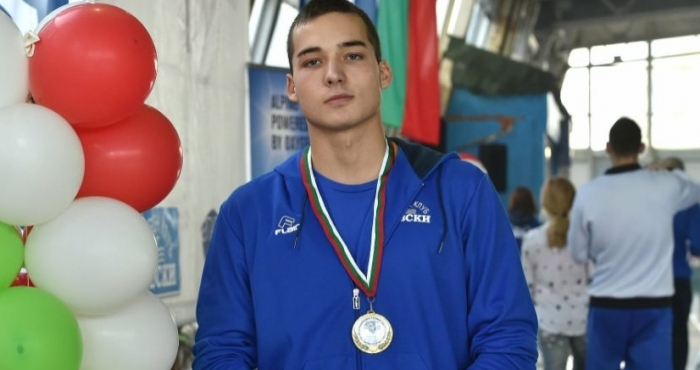 Павел Банчев остана на 17 стотни от полуфиналите на 50