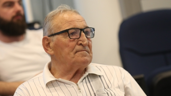 Почетният президент на ЦСКА-София Димитър Пенев коментира пред медиите изтегления
