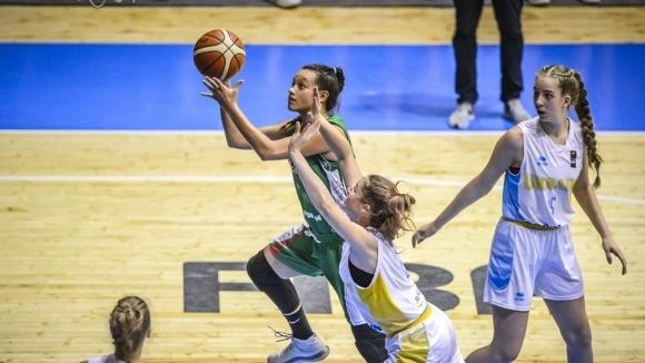 България загуби от Украйна с 62:68 и завърши на осмо