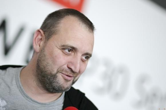 Селекционерът на женския ни национален волейболен отбор Иван Петков бе