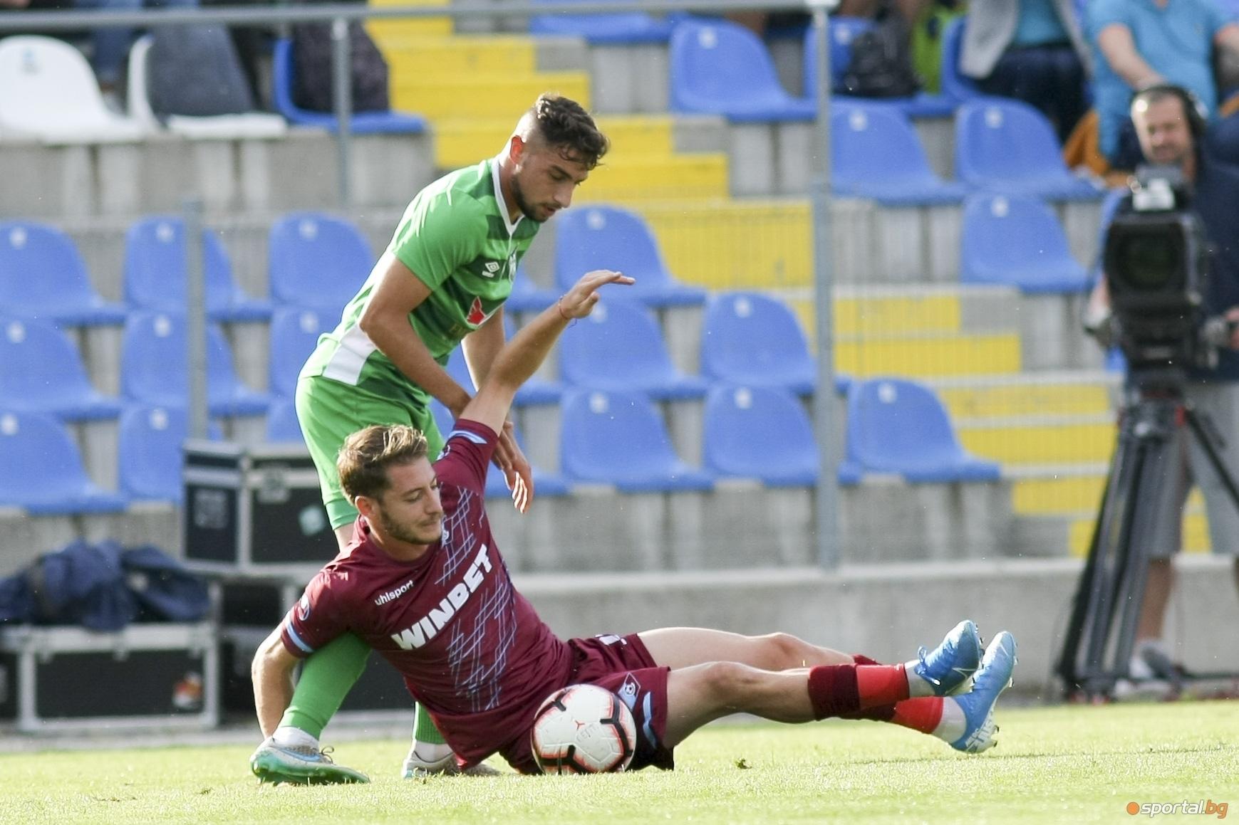 Отборът на Пирин (Благоевград) спечели с 2:0 домакинството си на
