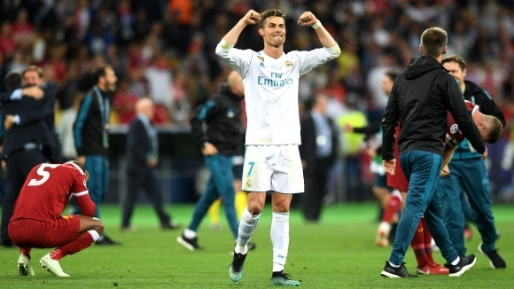 Легендата на Реал Мадрид Икер Касийяс използва своя профил в
