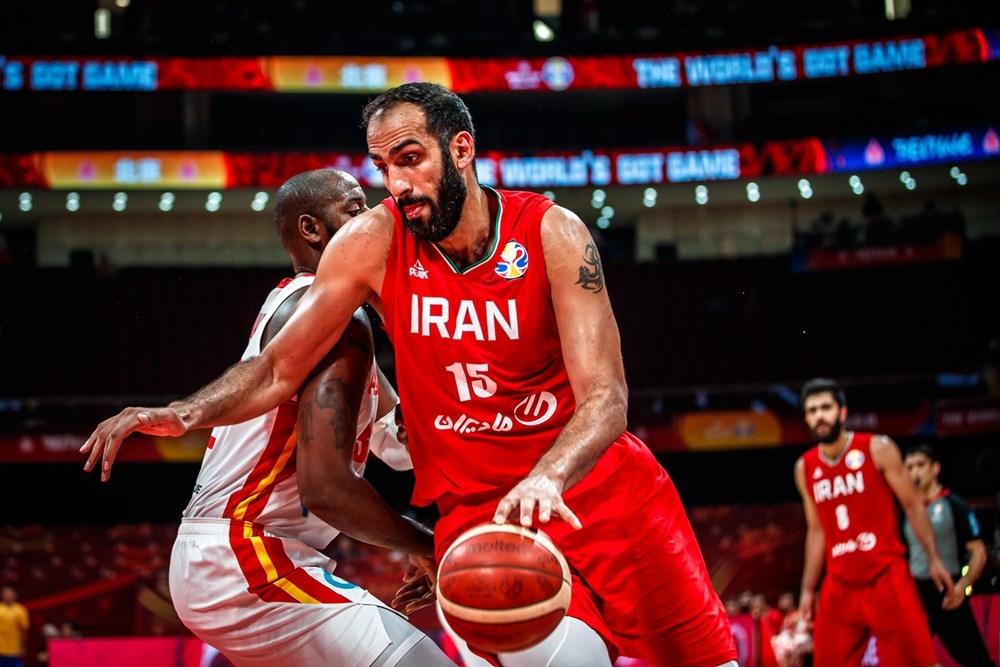 Националният отбор на Иран започна с победа участието си във