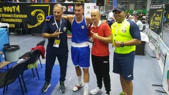 Българските боксьори имат сигурни осем медала от европейското първенство за