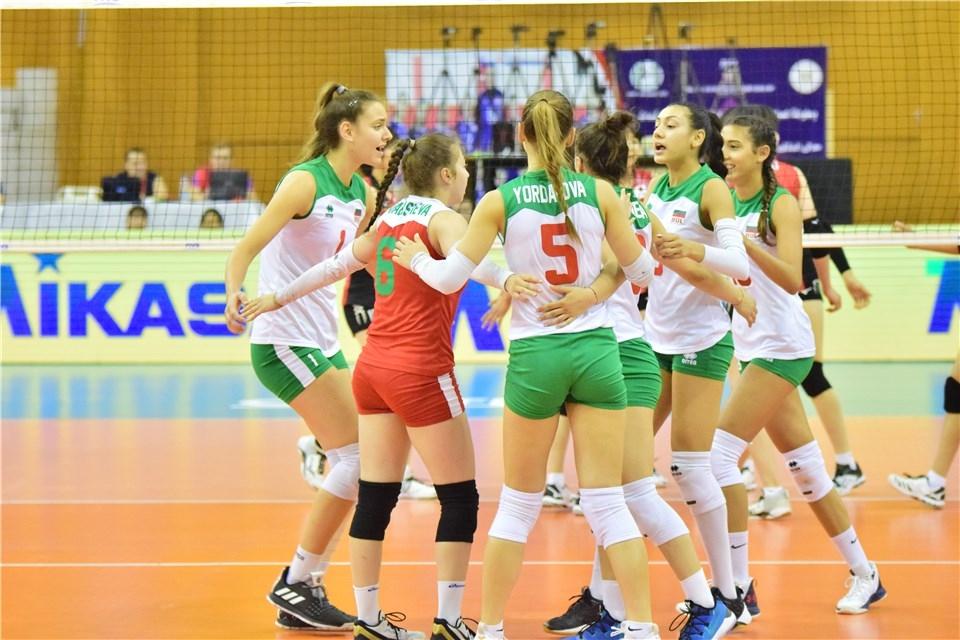Националният волейболен отбор на България за девойки до 18 години