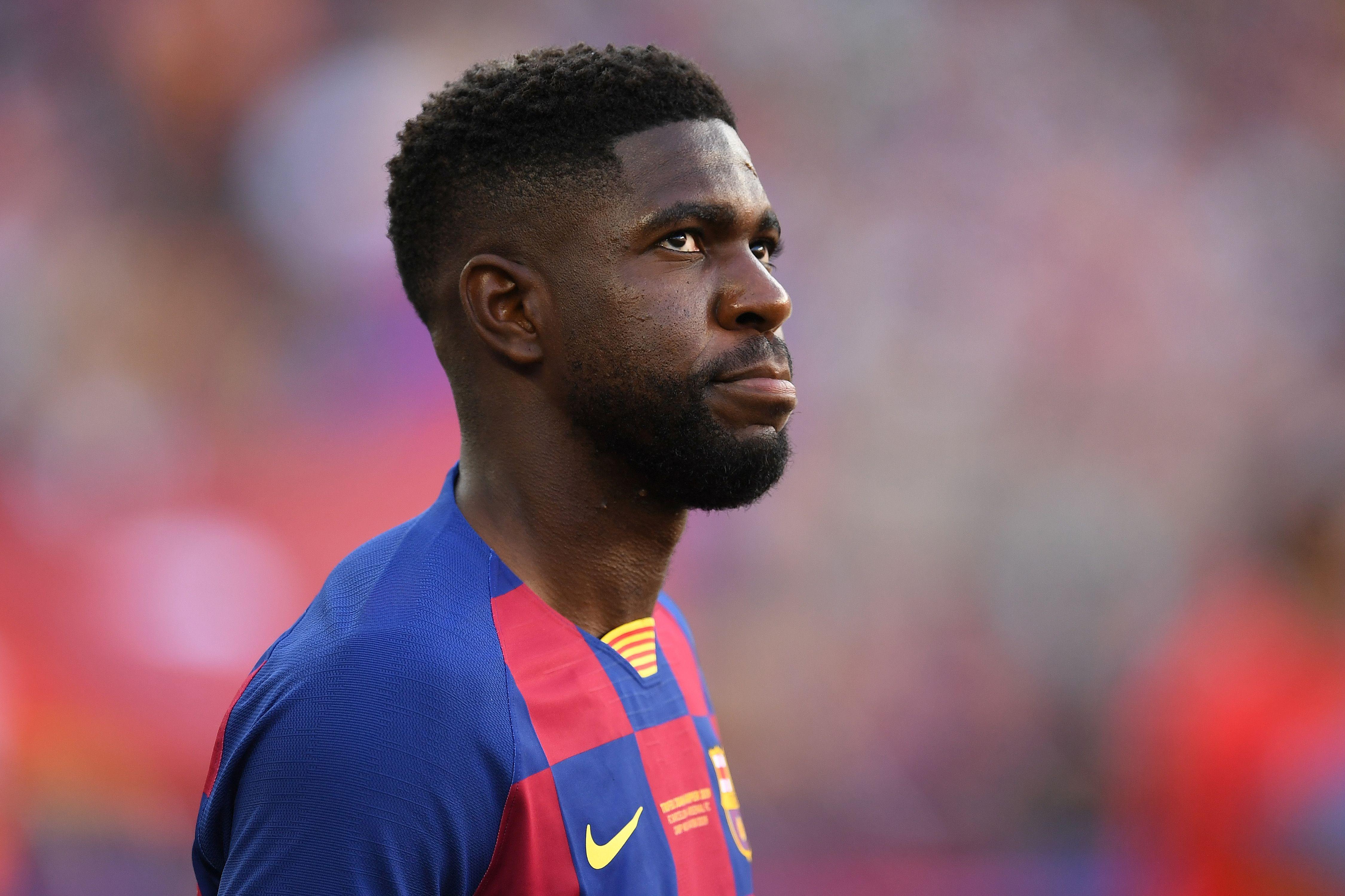 Защитникът на Барселона Самюел Юмтити става все по-недоволен от факта,
