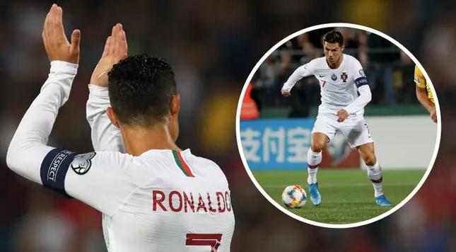 Суперзвездата Кристиано Роналдо отбеляза цели 4 гола при разгромната победа