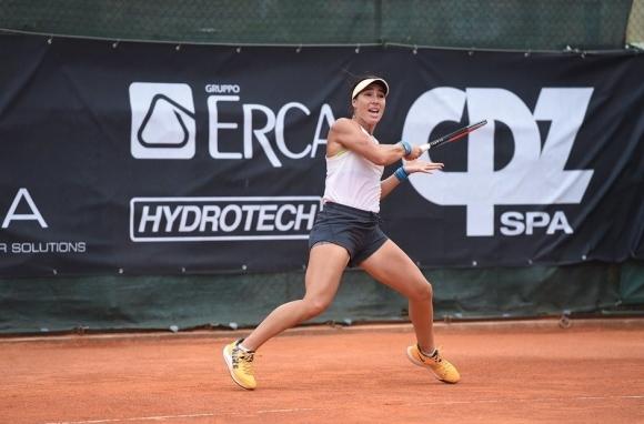 Петата в схемата Елица Костова се класира за четвъртфиналите на
