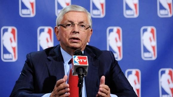 Бившият комисар на НБА Дейвид Стърн се изказа критично към
