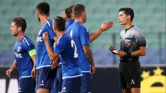 Треньорът на Спартак (Варна) Неделчо Матушев включи новите попълнения Васил