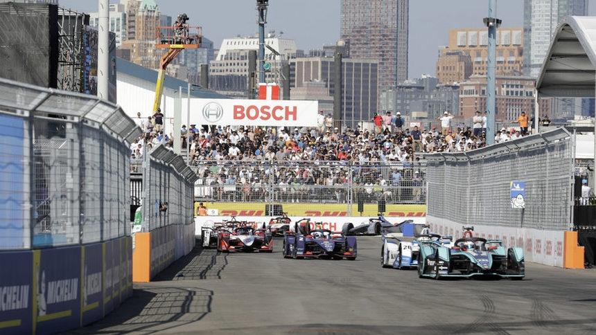 Формула Е – световният шампионат за болиди, задвижвани от ток,