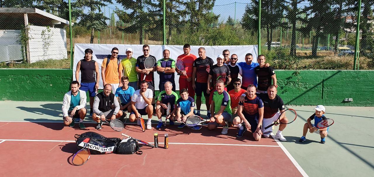 С много позитивни емоции и настроение завърши аматьорският тенис турнир