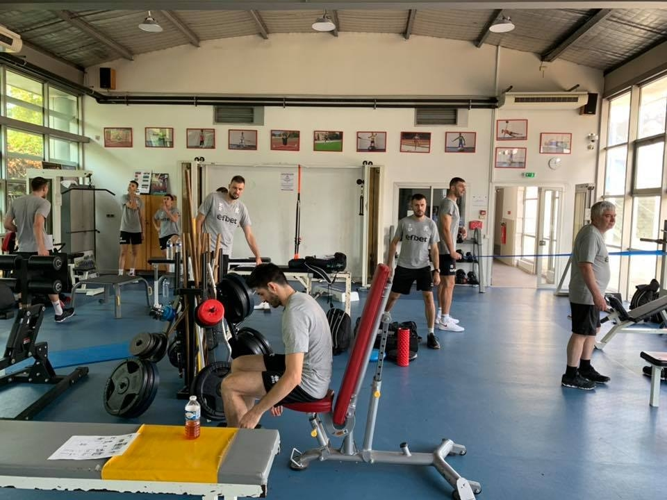 Мъжкият ни национален отбор проведе тази сутрин силова тренировка в