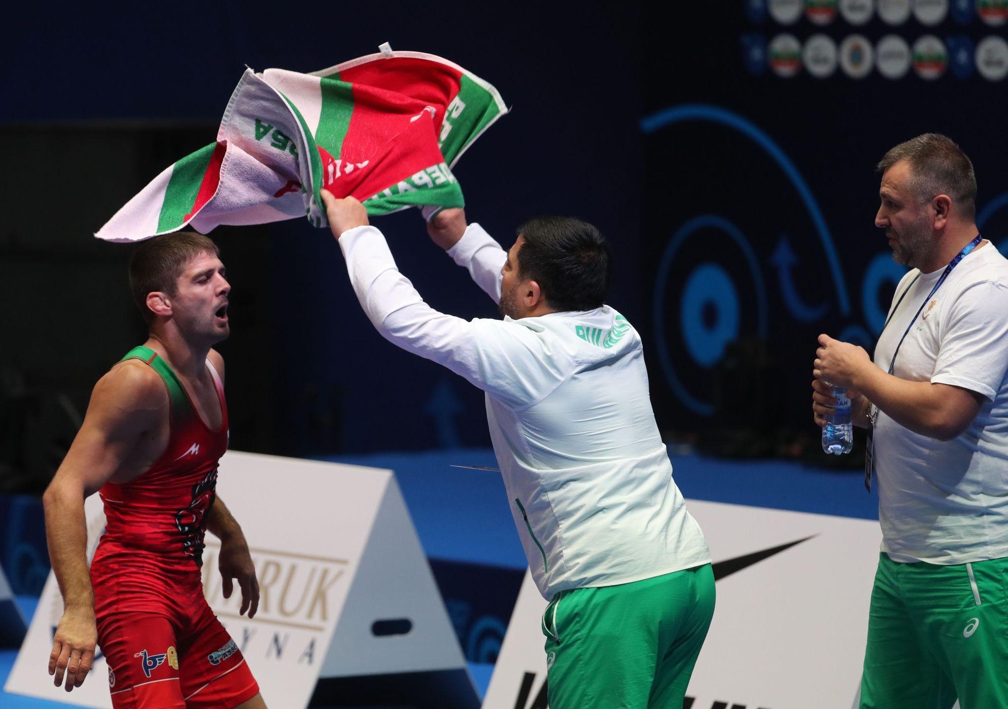 Иво Ангелов не успя да стигне до олимпийските квоти на