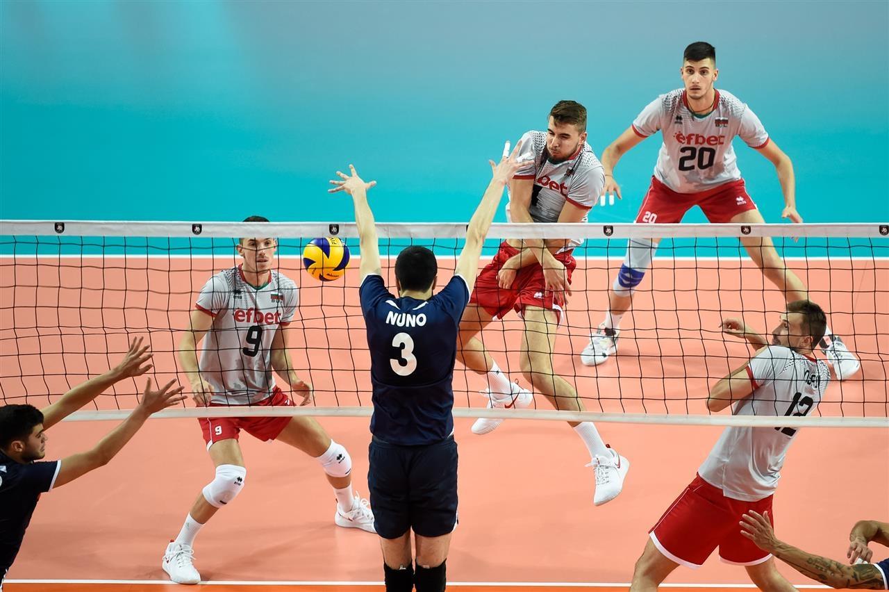 Националния волейболен отбор на България се изправя тази вечер срещу