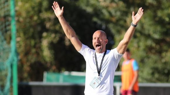 Старши треньорът на Септември (София) Милен Радуканов сподели първите си