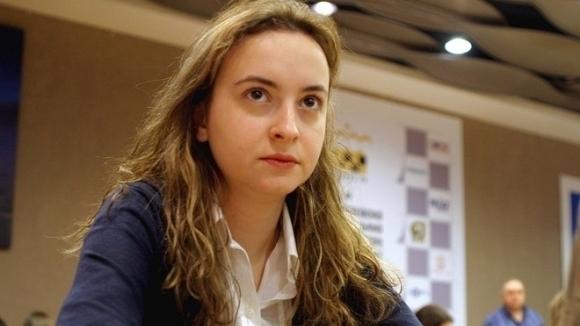 Гросмайстор Антоанета Стефанова продължава с неубедителното си представяне на Гран