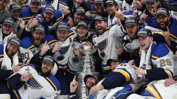 Играчите от Националната хокейна лига на САЩ и Канада взеха