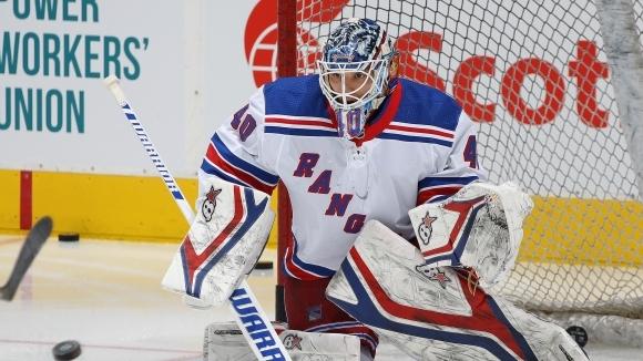 Българският вратар в НХЛ Александър Георгиев ще има руски конкурент