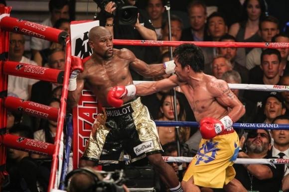 Непобеденият боксьорФлойд Мейуедърпотвърди, че ще излезе за втори път на