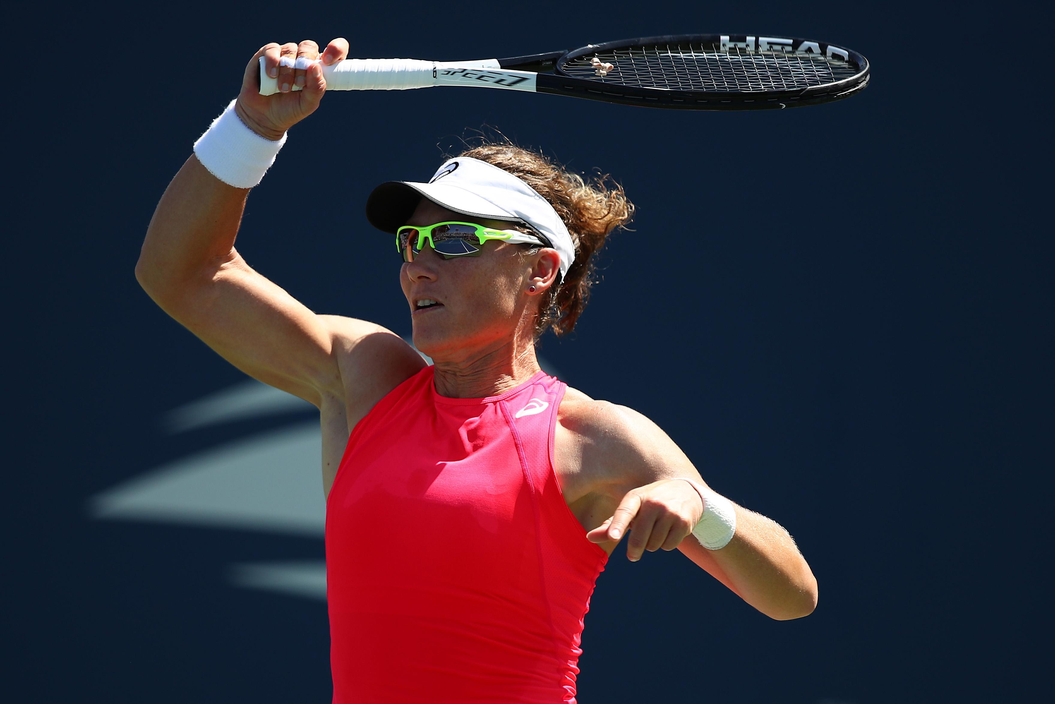 Австралийката Саманта Стосър се класира за финала на турнира по
