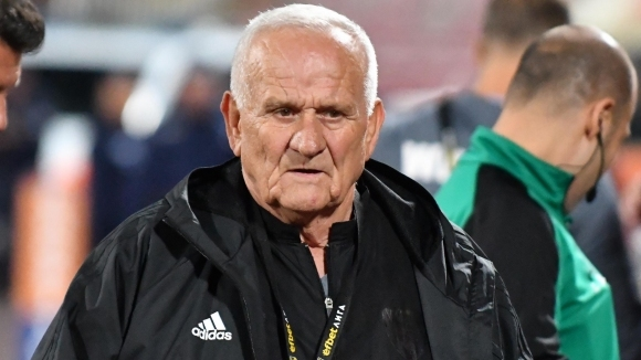 Наставникът на ЦСКА-София Люпко Петрович се изказа остро срещу Станимир