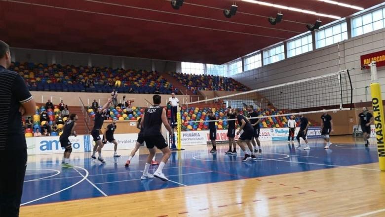 Волейболистите от мъжкия отбор на Хебър (Пазарджик) започнаха с победа
